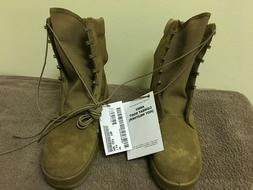 ARMY COMBAT BOOTS  COYOTE BROWN 9R SIZE - VIBRAM - NEW