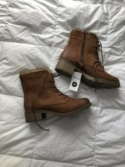 brown combat women size 11 boots NWT