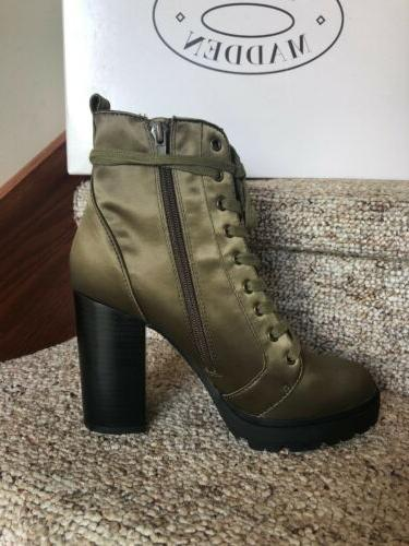 Steve Womens Laurie Combat Embroidery Size