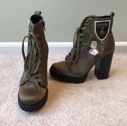 Steve Madden Womens Laurie Combat Boots Olive Floral Embroid